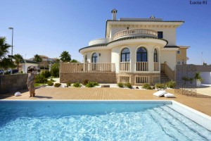 Buy villa with swimming pool. Ciudad Quesada. Alicante.